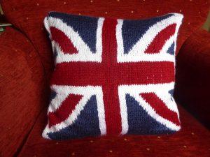 Union Jack Pillow- Free knitting pattern